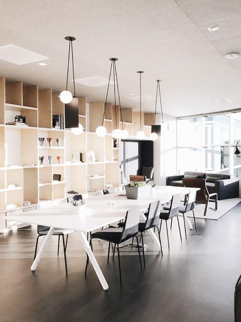 طراحی داخلی دفتر اینستاگرام | طراحی دکوراسیون اداری,دکوراسیون داخلی اداری,نورپردازی اداری