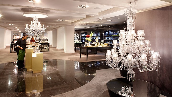 نورپردازی دردکوراسیون مغازه | طراحی دکوراسیون مغازه,دکوراسیون داخلی مغازه,ویترین مغازه