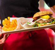 نقش راهنما در فست فود و رستوران | سرپرست فست فود | سرپرست رستوران | راه اندازی فست فود